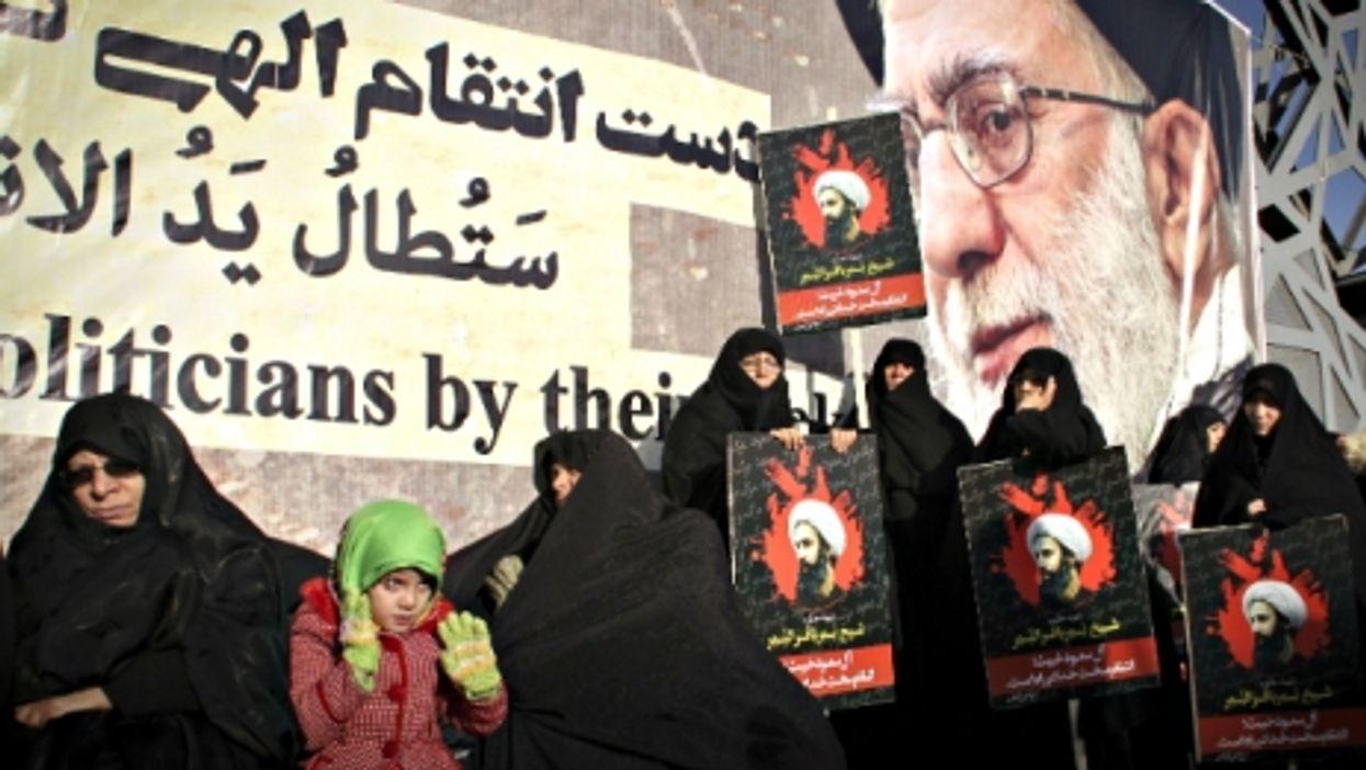Iran's Growing Isolation, Obama Gun Measures, Putin's Rat Army