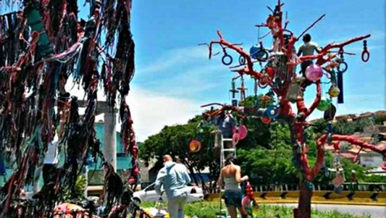 A 'Recycled' Christmas Tree In Brazil Gets Trashed