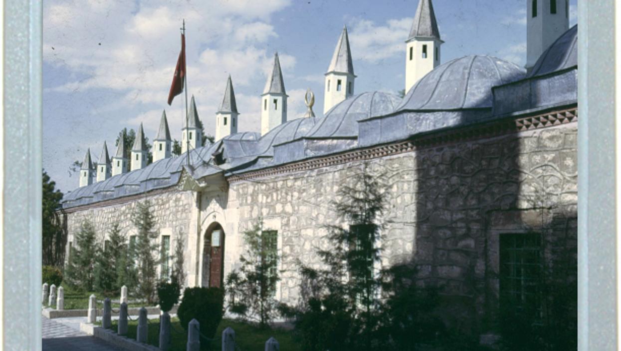 Many Minarets Make Magnificent Mausoleums