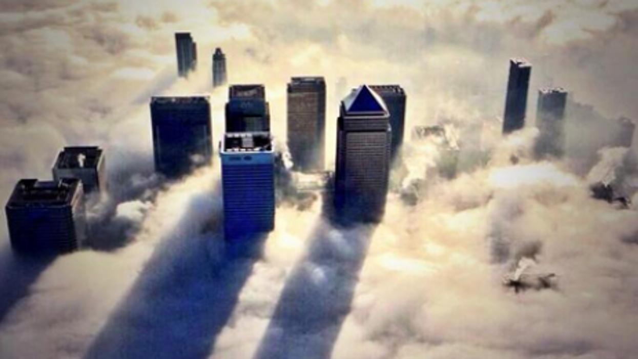 London Fog: 12 Eerie Photos Of Blanketed British Capital