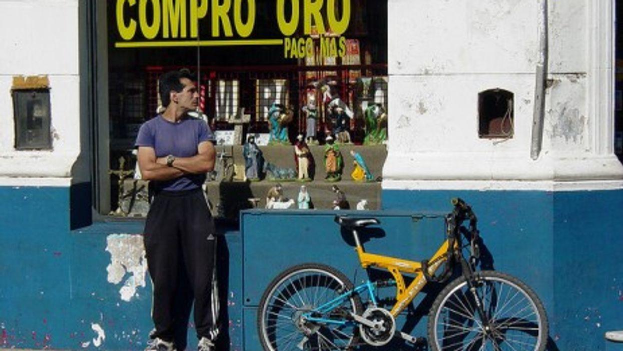 In Corrientes, what's good as gold? (Adam Jones, PhD)