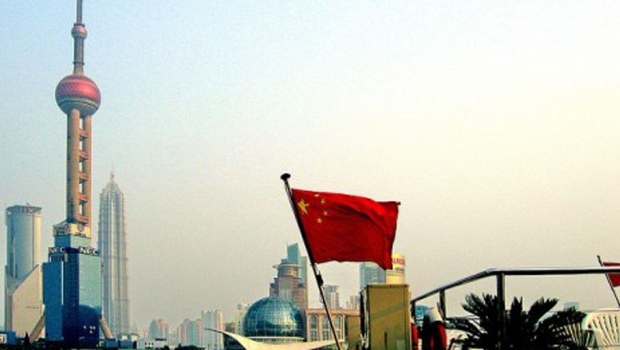 In Shanghai, old and new ways of operating do constant battle (phogel)