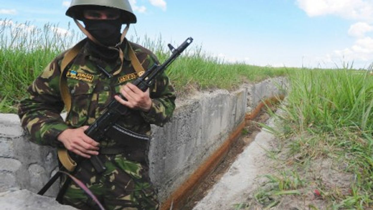 Intellectuals volunteer to fight against pro-Russian separatists