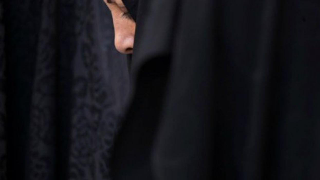 Iran prays on 25th anniversary of Ayatollah Ruhollah Khomeini's death.