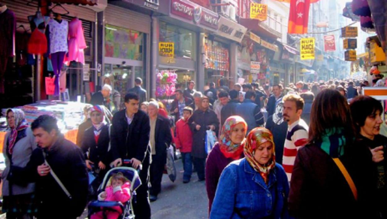 Istanbul market (John Walker)