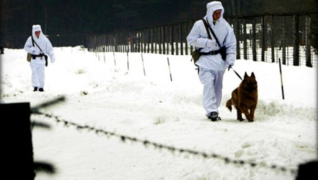 It can be a cold job at the border between Poland an Belarus