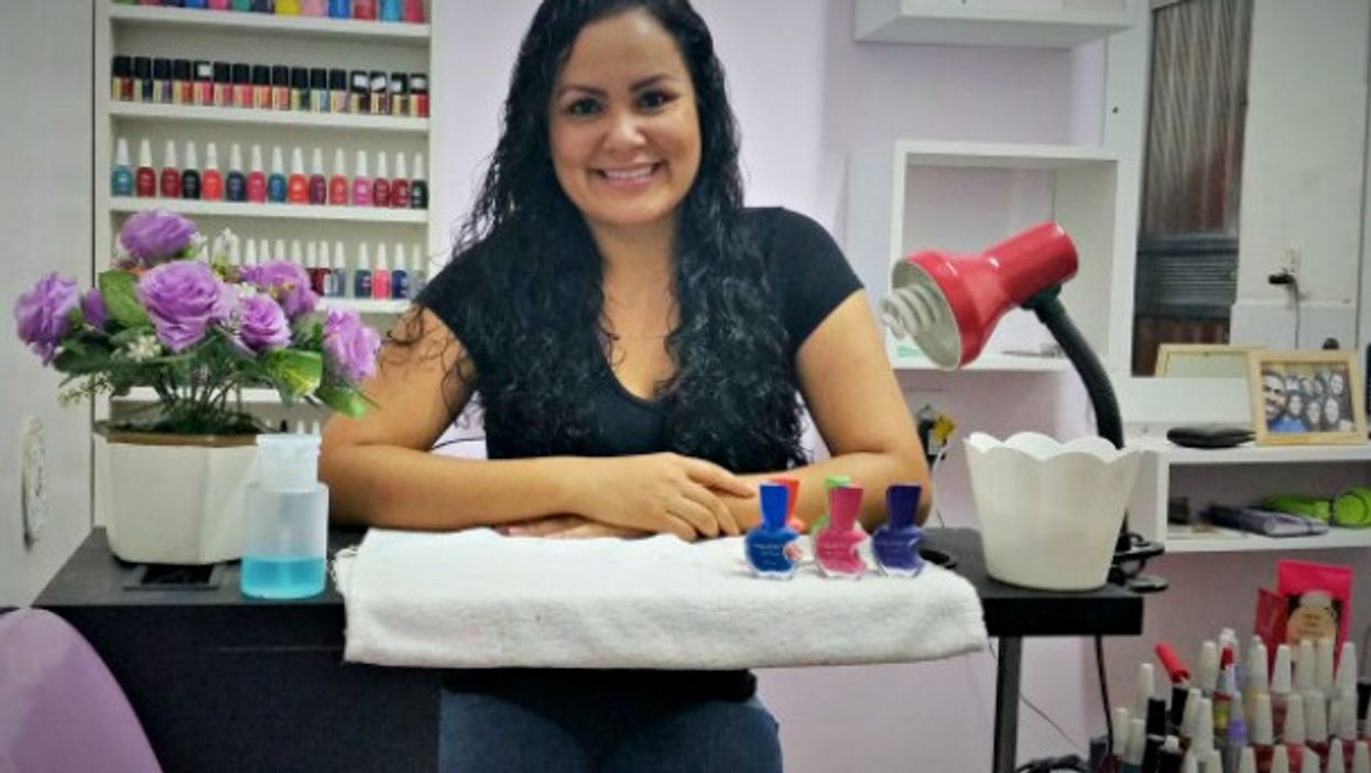 Jaquelline in her nail salon in Rio