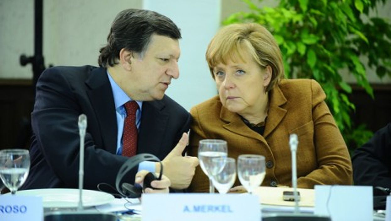 José Manuel Barroso and Angela Merkel at the European People's party summit in March 2011 (europeanpeoplesparty)