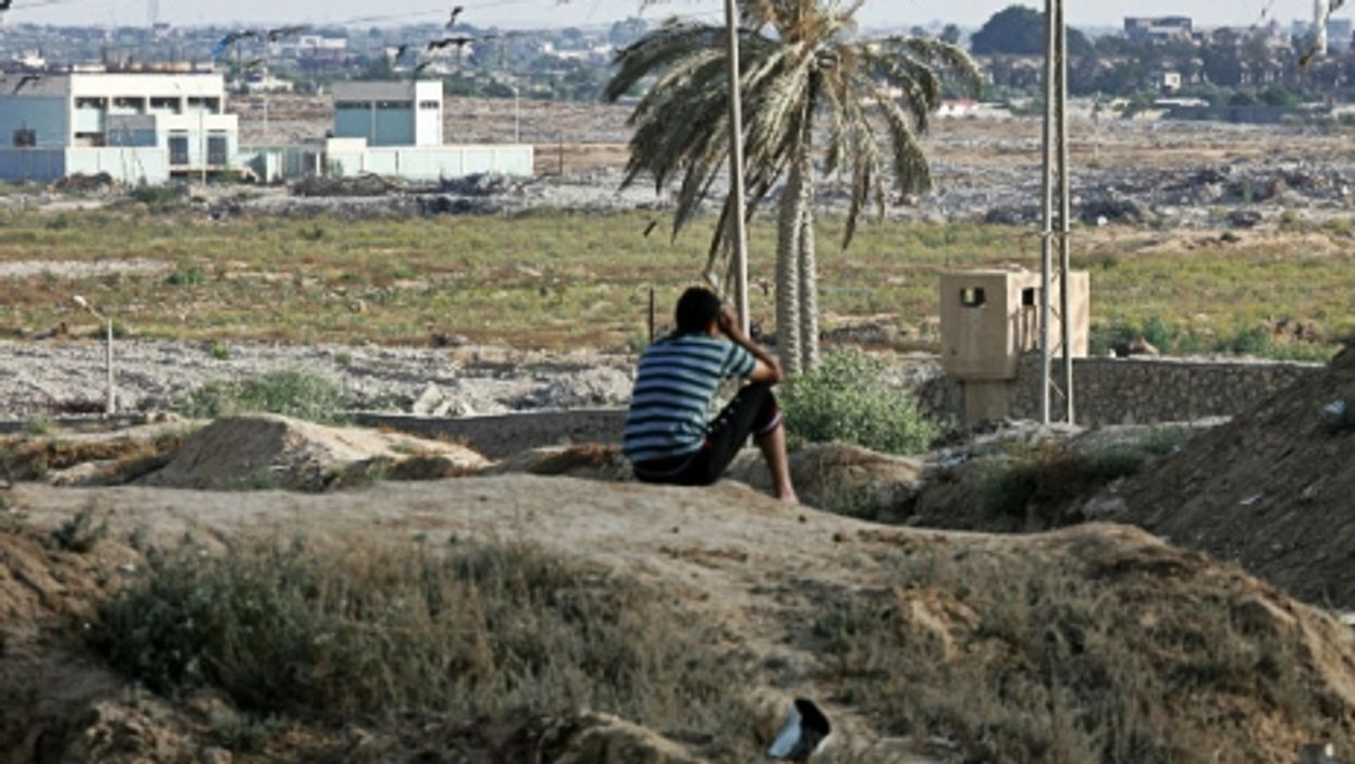 Keeping watch in the Sinai near the Rafah crossing