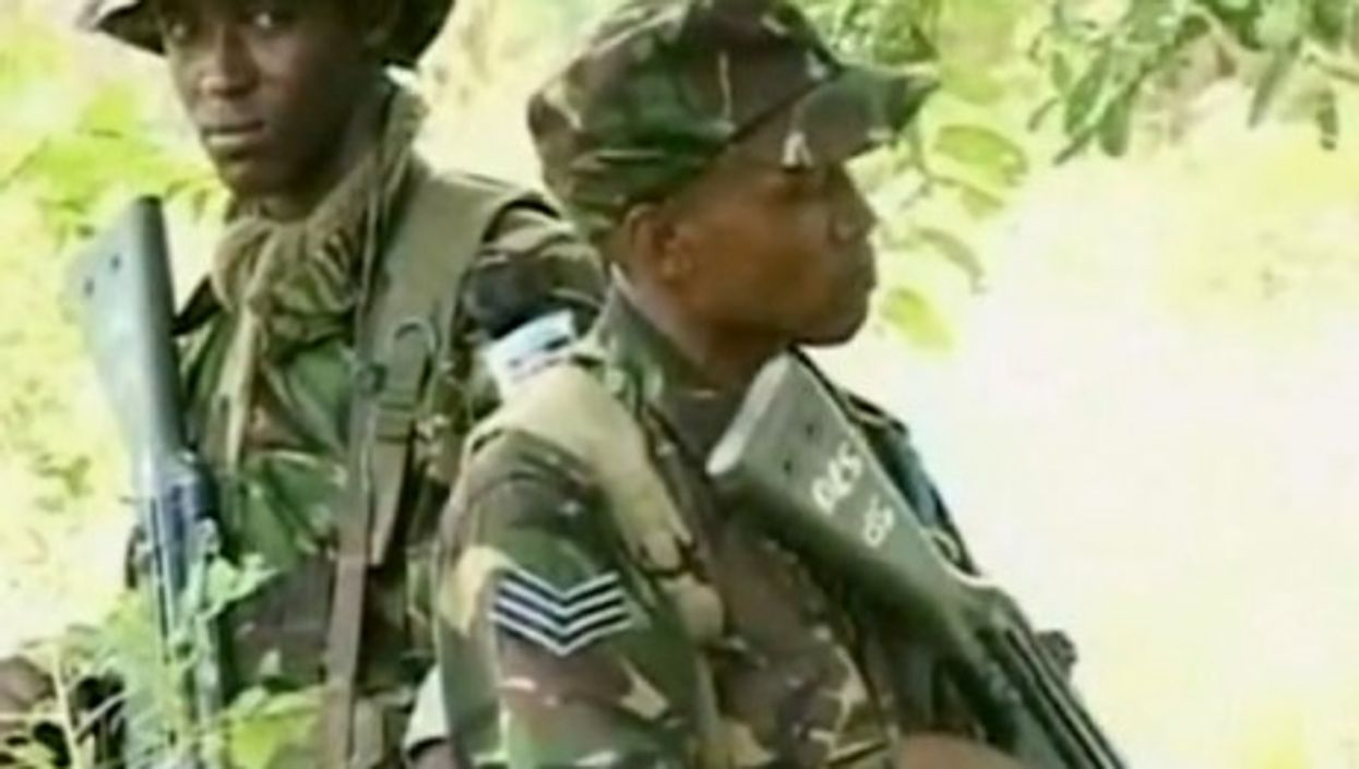Kenyan soldiers on patrol in Somalia (YouTube)