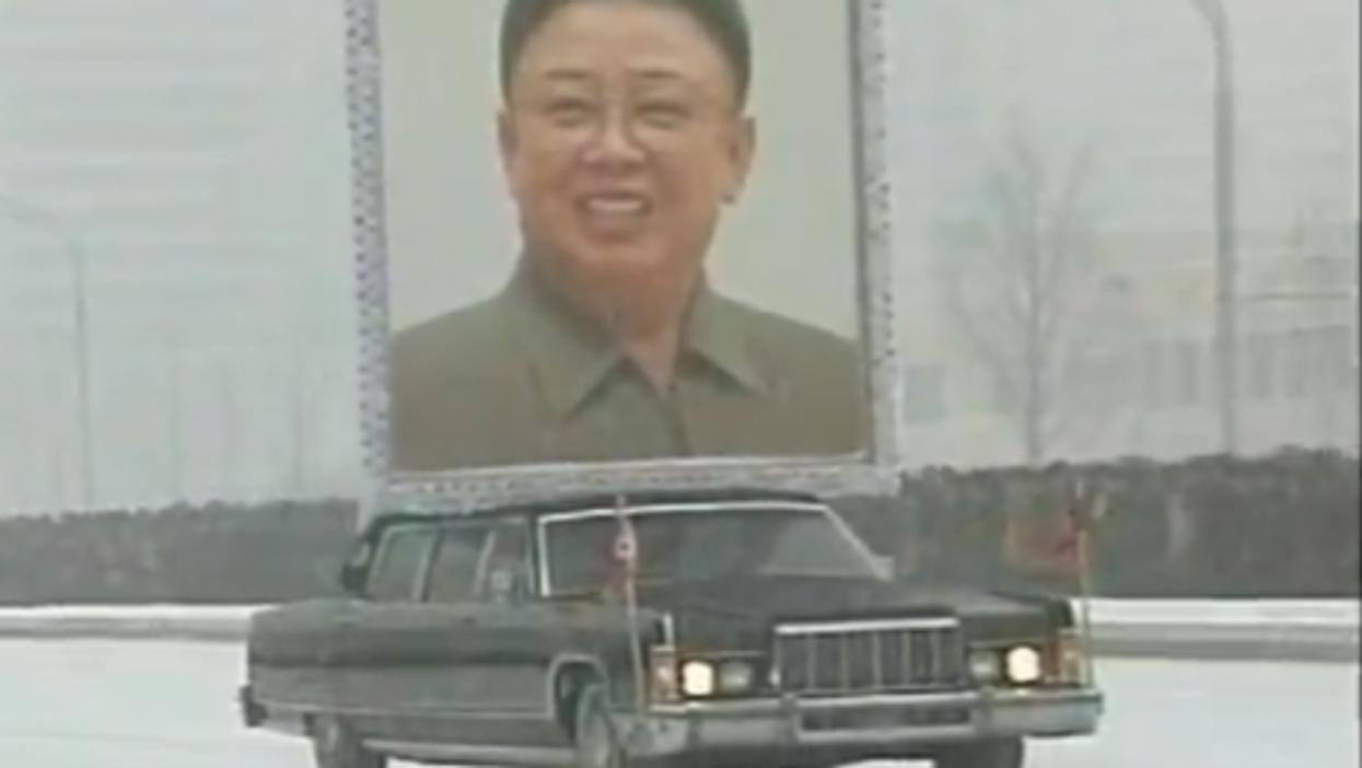 Kim Jong-il's snowy funeral (RT video)