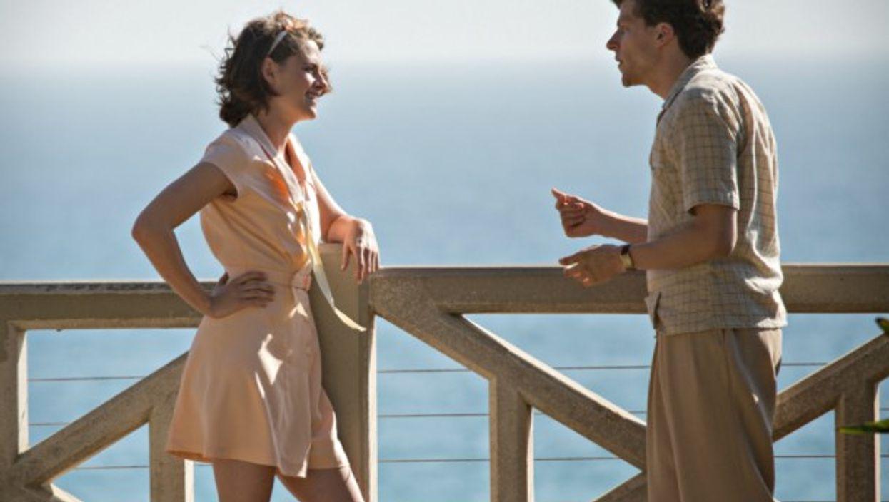 Kristen Stewart and Jesse Eisenberg in Woody Allen's Cafe Society