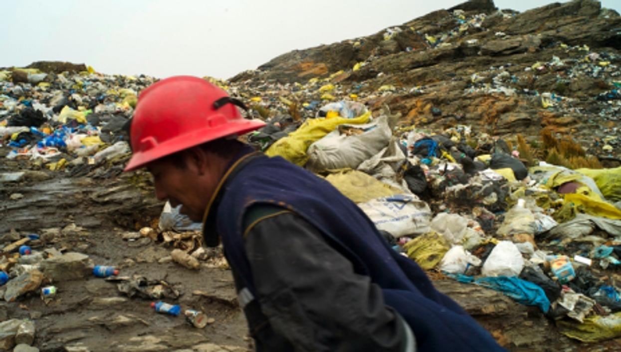La Rinconada's trash still piles up high