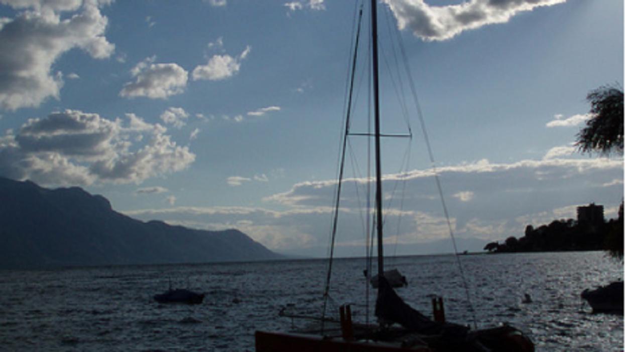 Lake Geneva (whimsyglimmer)