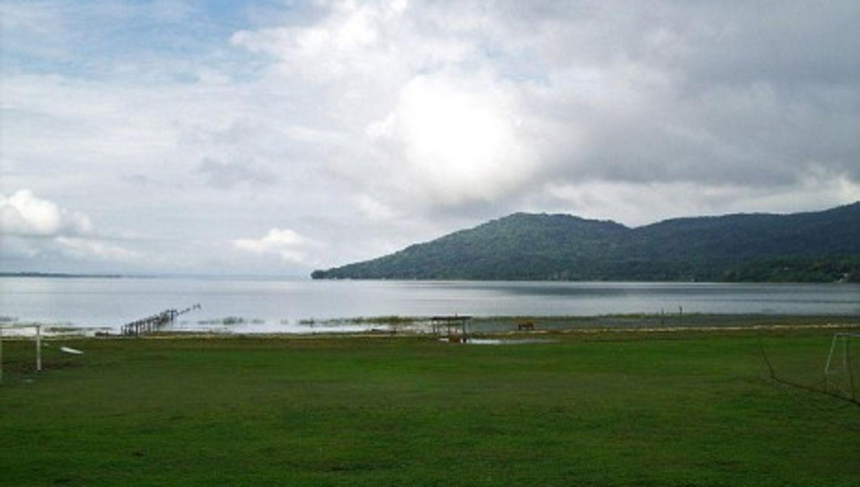 Lake Petén Itzá is one of Guatemala's many protected nature reserves (Adalberto H. Vega)
