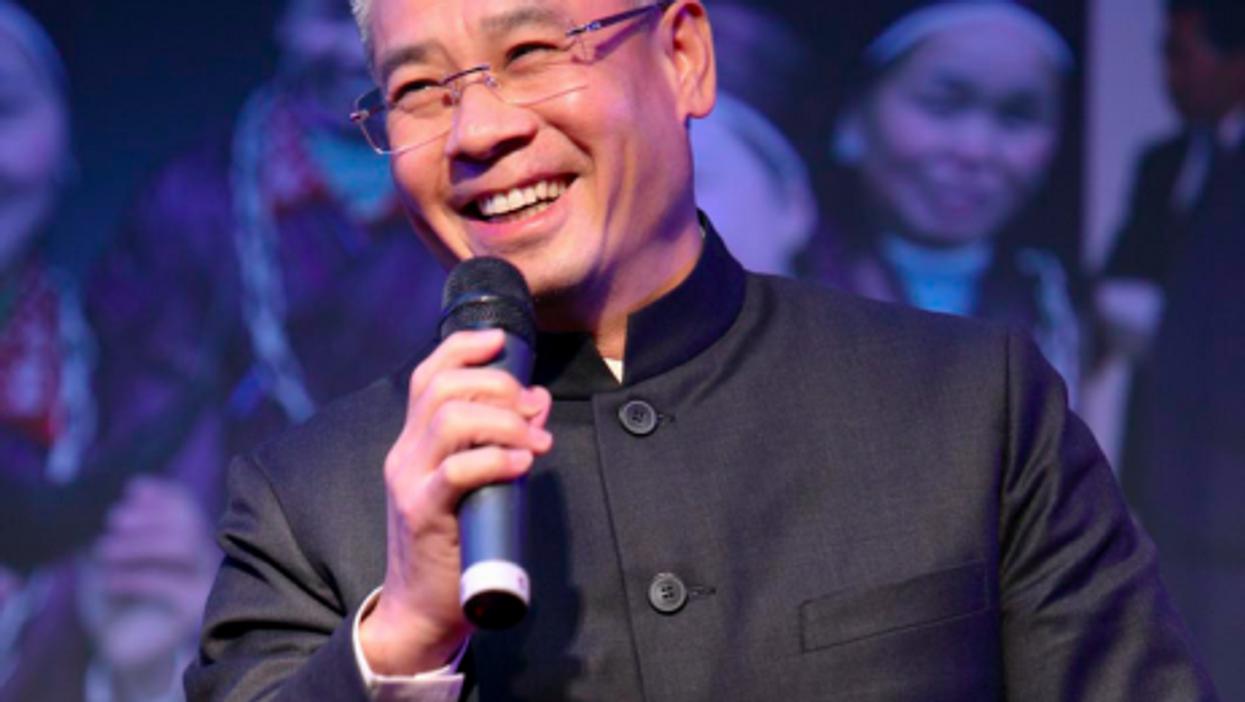 Li Ning still smiling