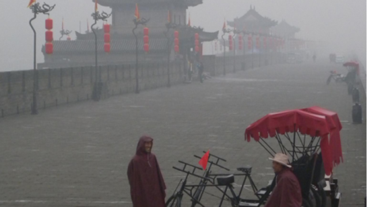 Locals in Xi'an try to keep their sense of humor (Zieak)