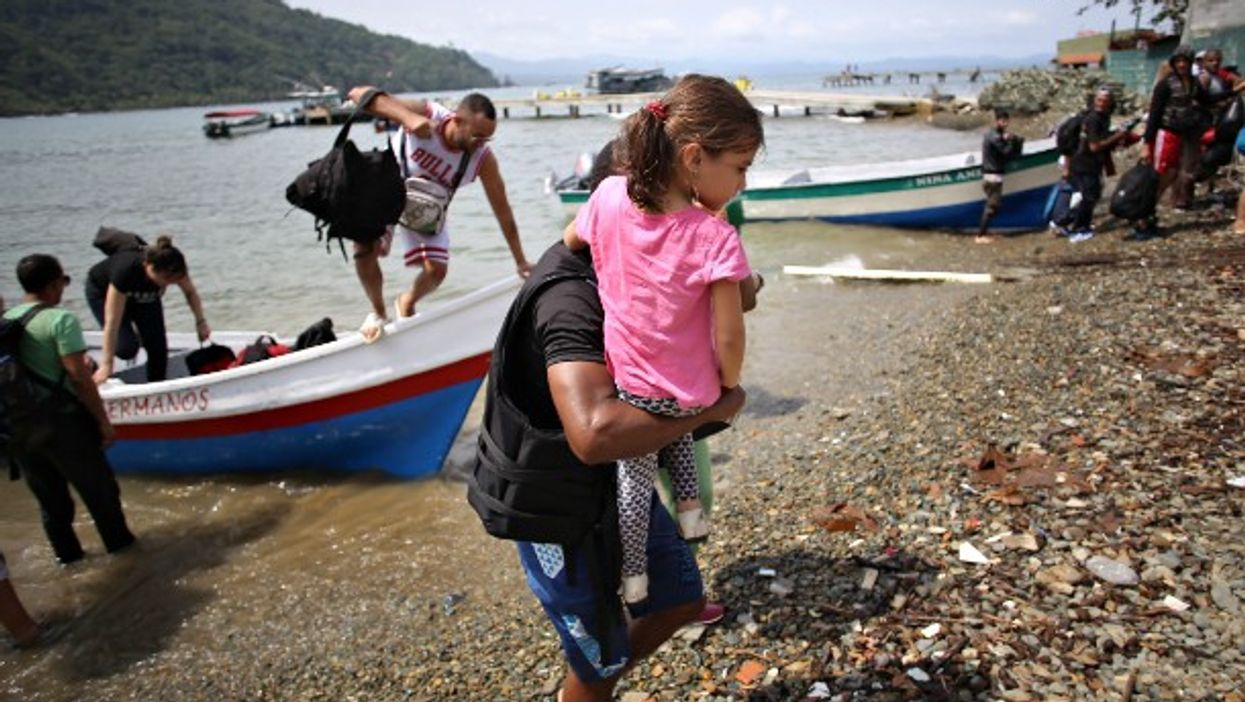 Migrants trying to make their way to Costa Rica