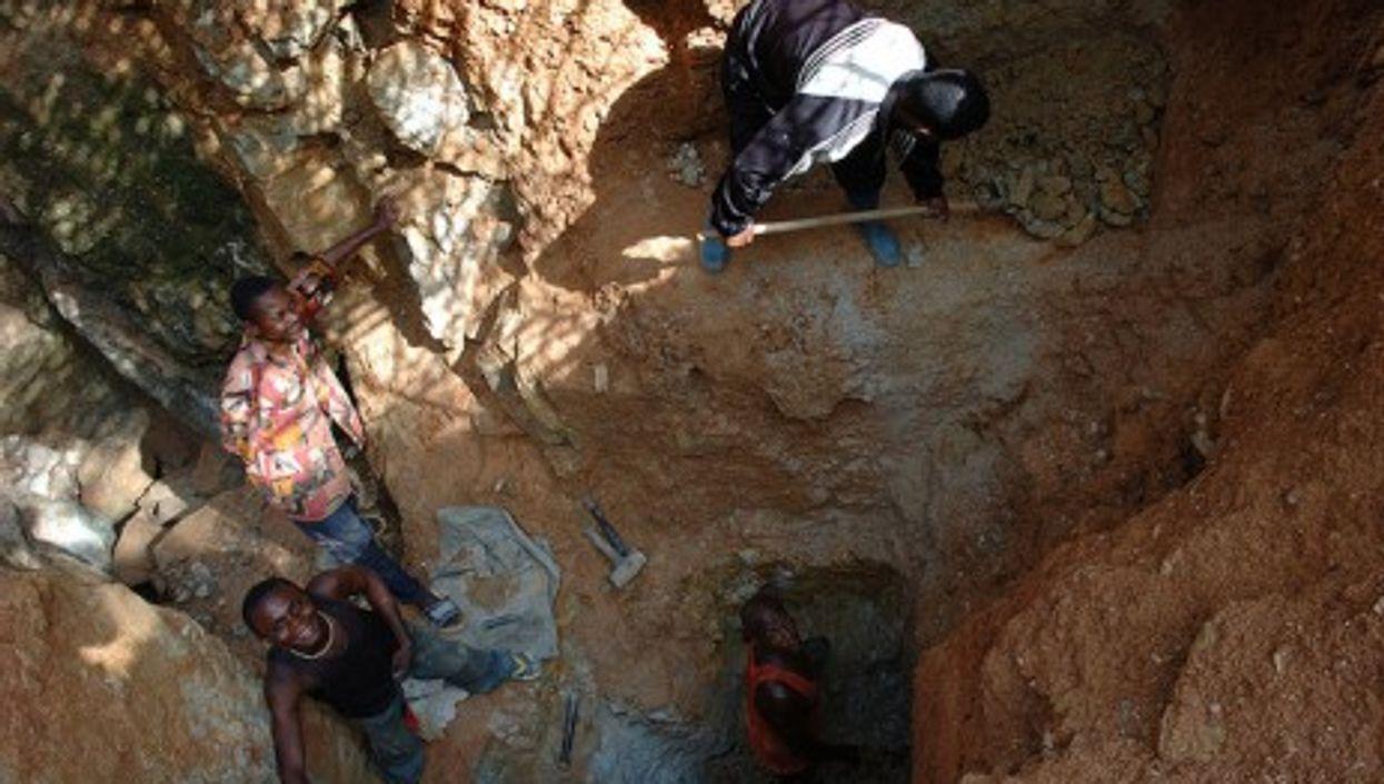 Mining in Kailo (Julien Harneis)