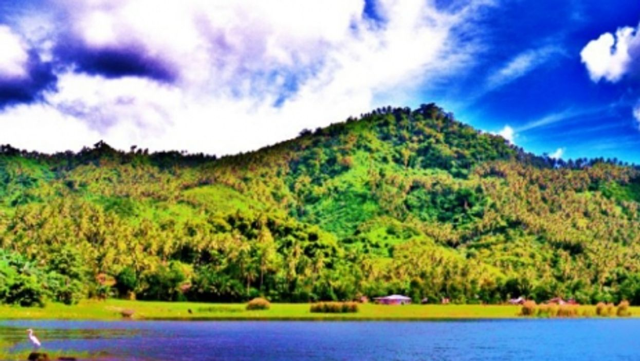 Montelago is on the coast of Mindoro's Lake Naujan
