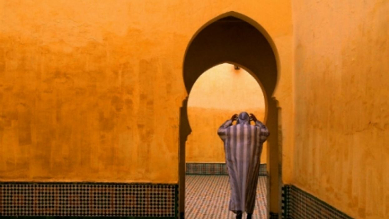 Moroccan imam at the Shrine of Moulay Ismail