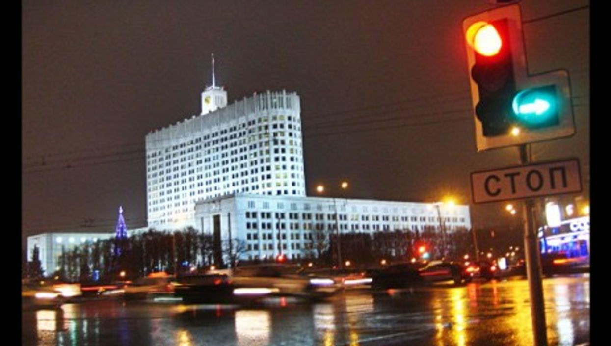 Moscow, red light-green light