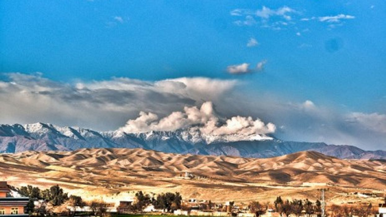 Mountains near Jalalabad in Afghanistan (peretzp)
