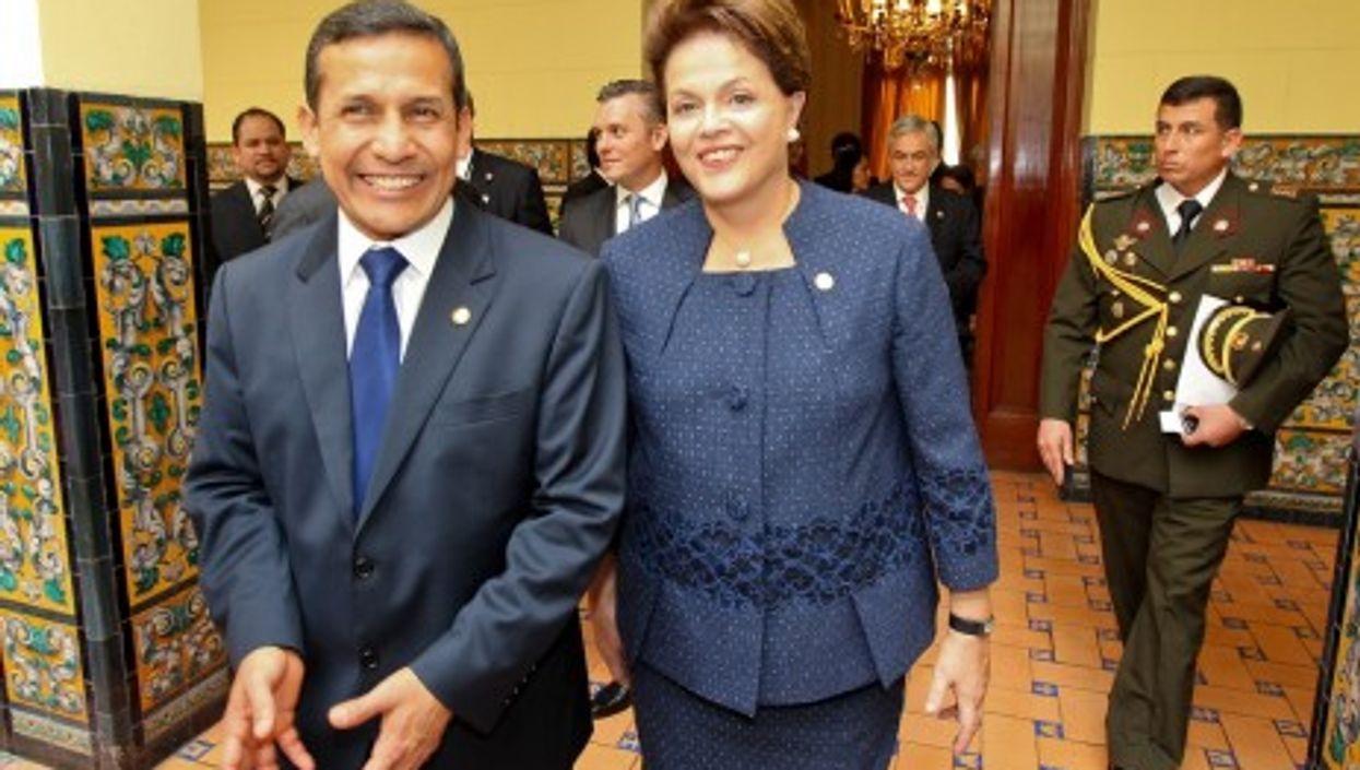New Peruvian President Ollanta Humala (left) with Brazilian leader Dilma Rousseff