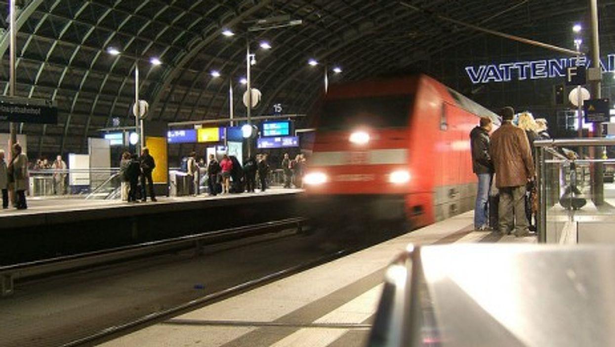Night train in Berlin (LHoon)