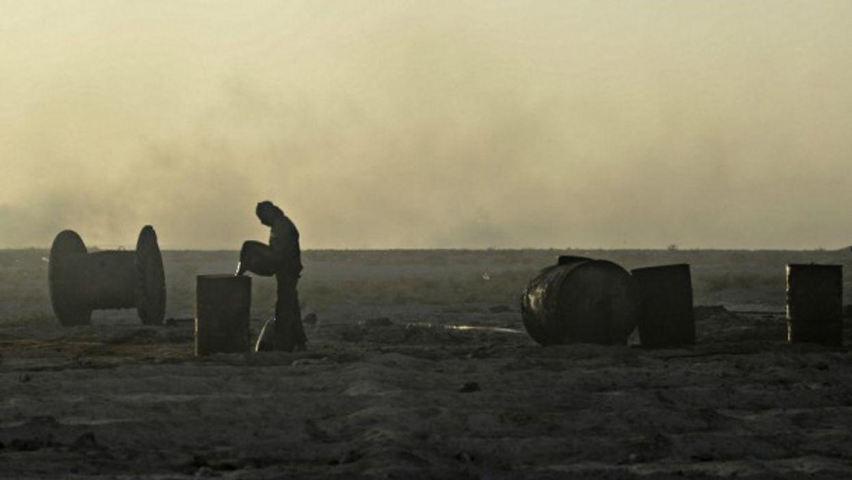 Oil field in Deir ez-Zor, Syria