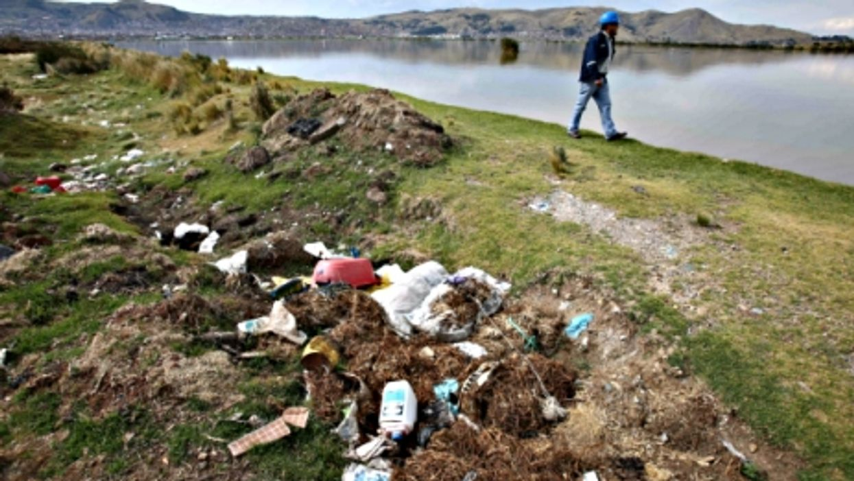 On the polluted shores of Lake Titicaca