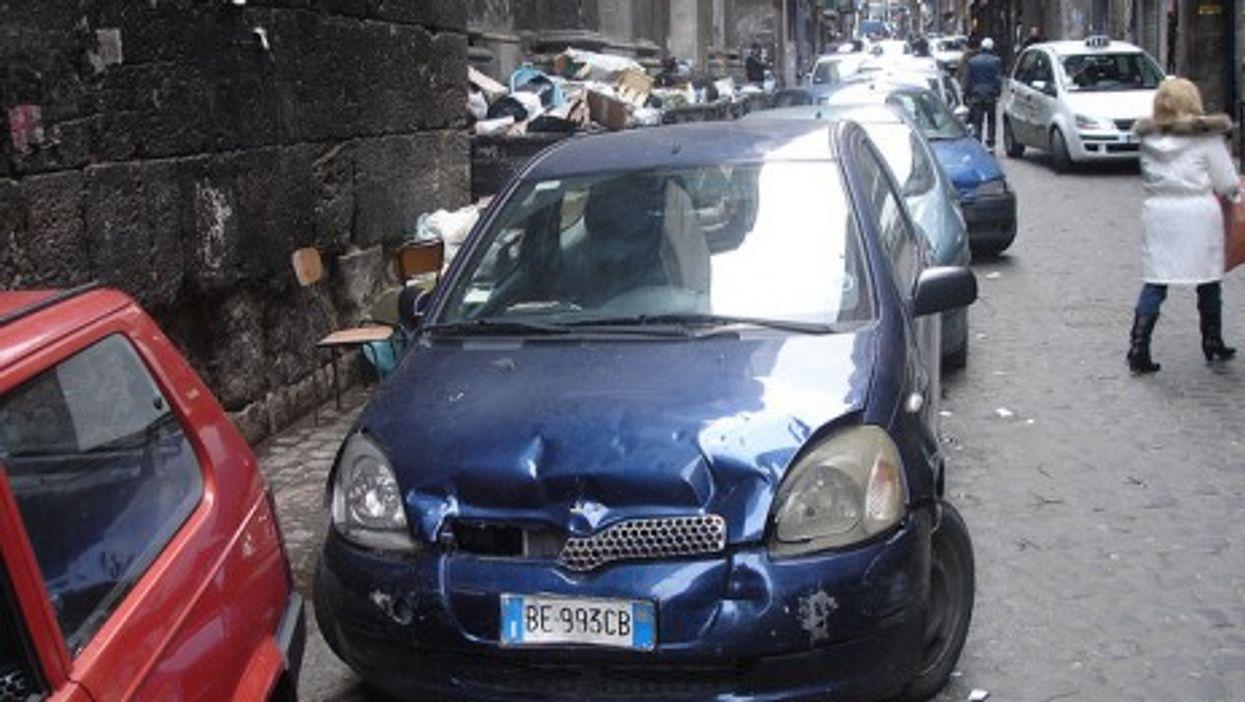 Parking is never pretty in Naples (anaru)
