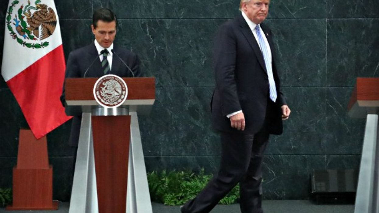 Pena Nieto and Trump meeting in Mexico City on Aug. 31