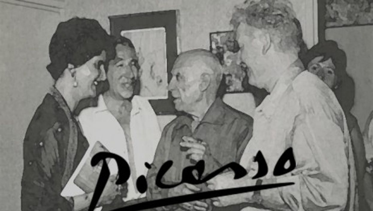 Picasso at the opening of an exhibition, 1962 (Fritz Schueller)