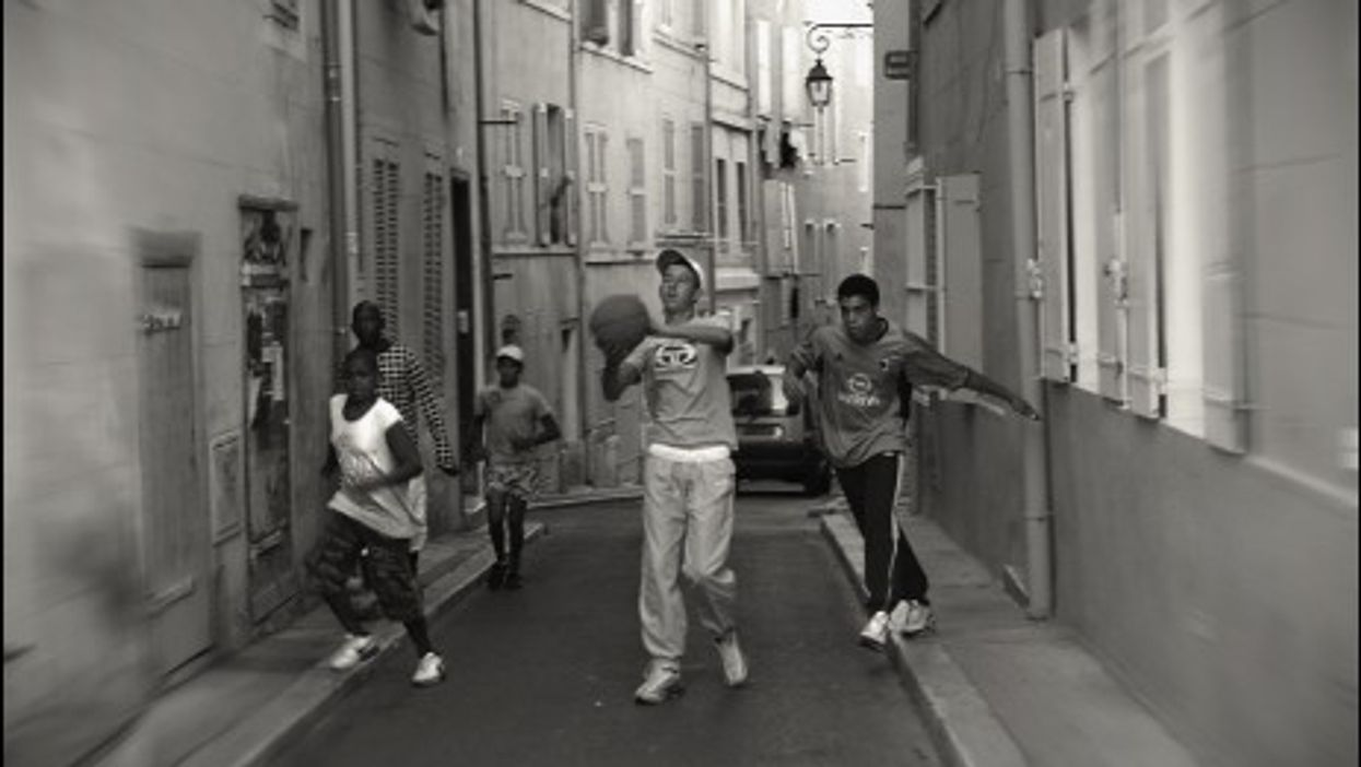 Playing ball in Marseille