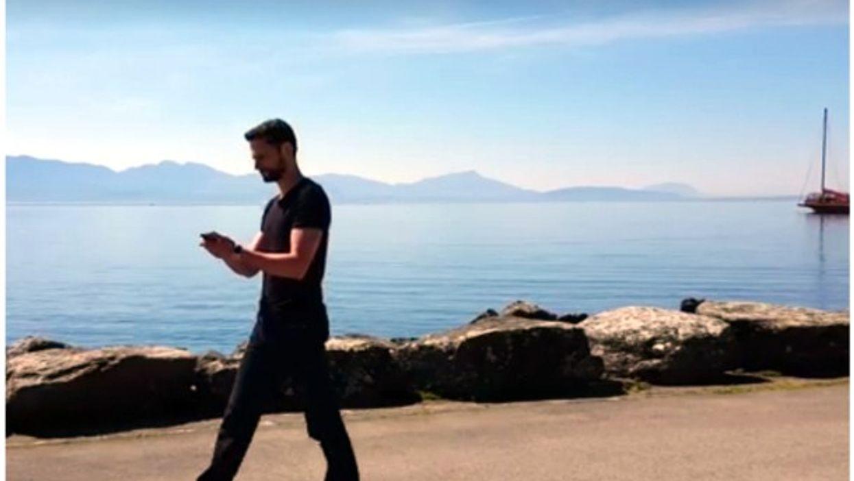 Playing Opticale by Lake Geneva