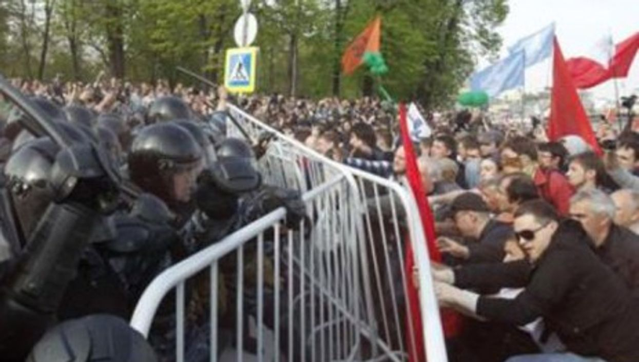 Protesters in Moscow on Sunday (varlamov)