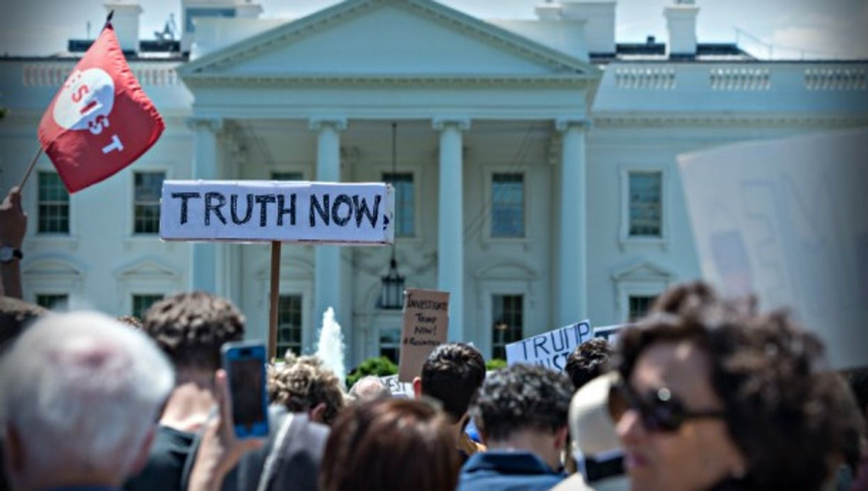 Protests outside White House after Comey's ouster.