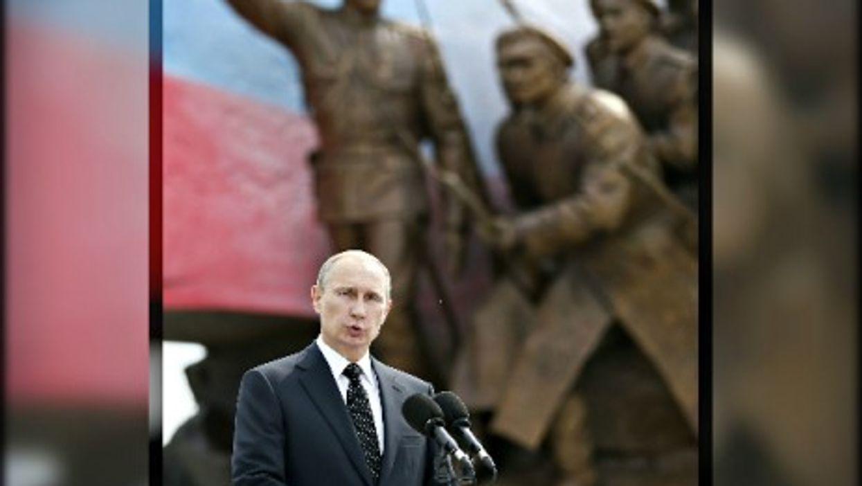 Putin flexing his armor in August