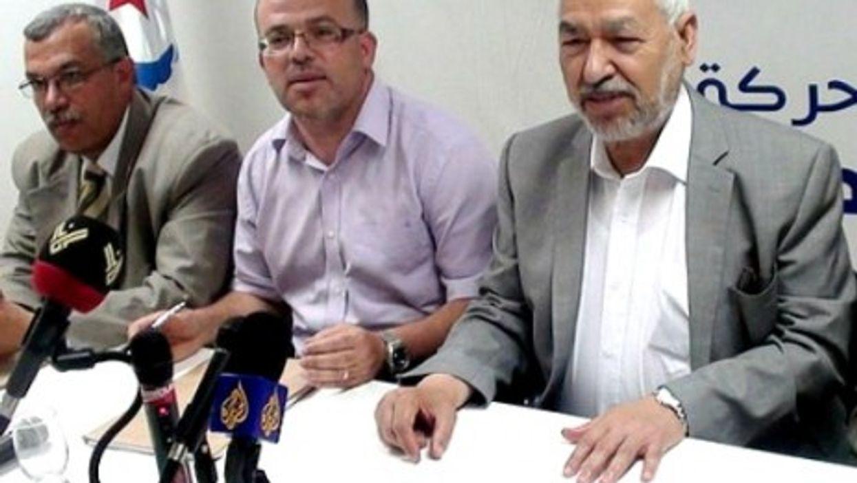 Rashid Al-Ghannushi, leader of Islamist Nahda party, on the right(Magharebia)