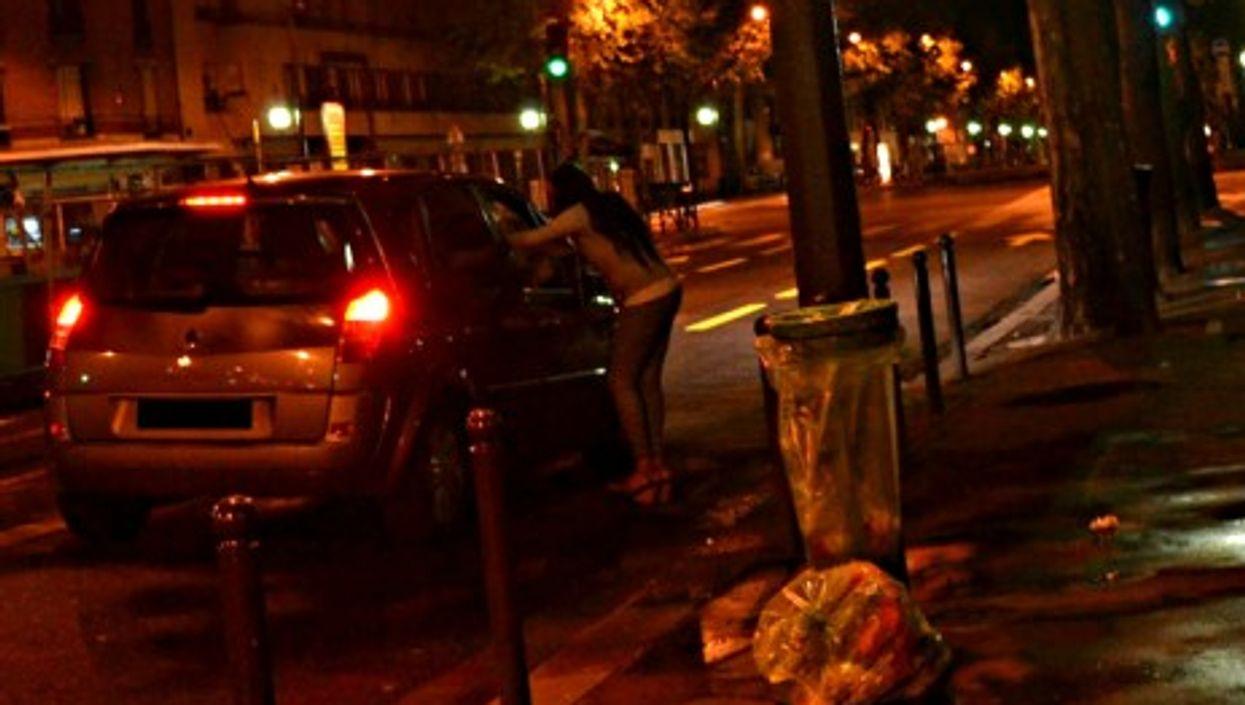 """Red lights"" in Paris"