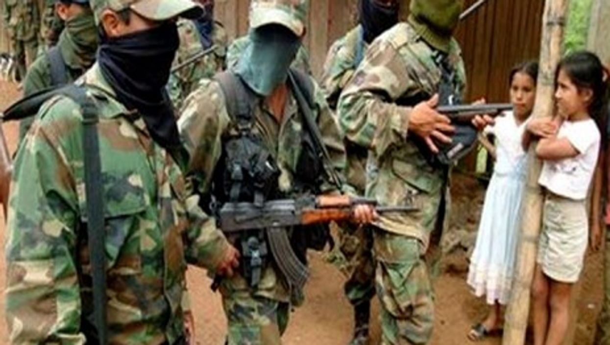 Resisting is what the FARC does best (SMORENO2007)