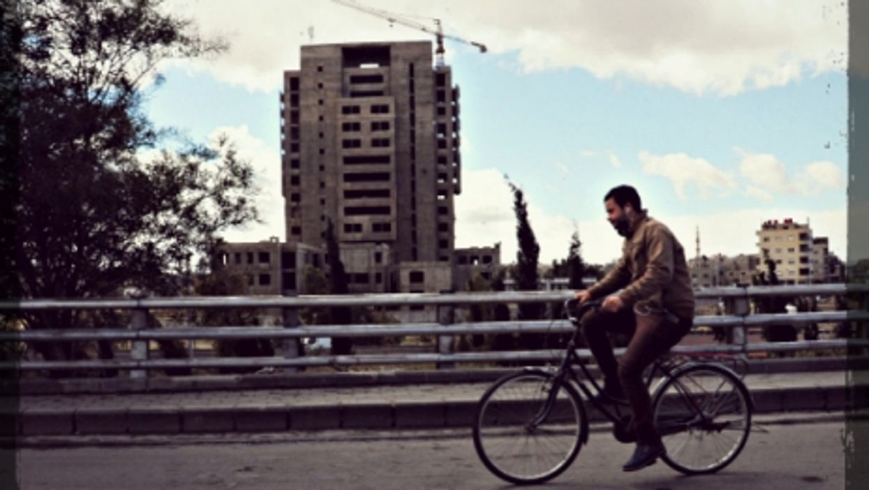 Rolling back to life in Damascus