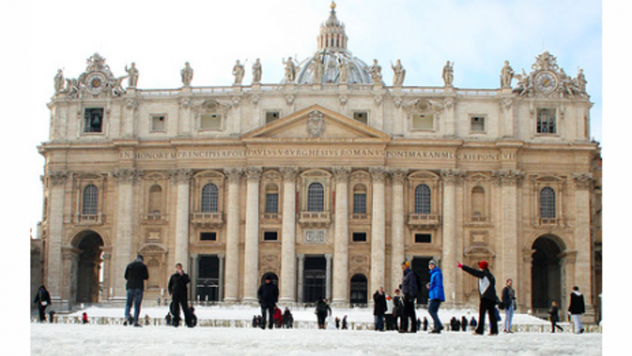 Rome was hit with its first major snow storm in 26 years (msako23)