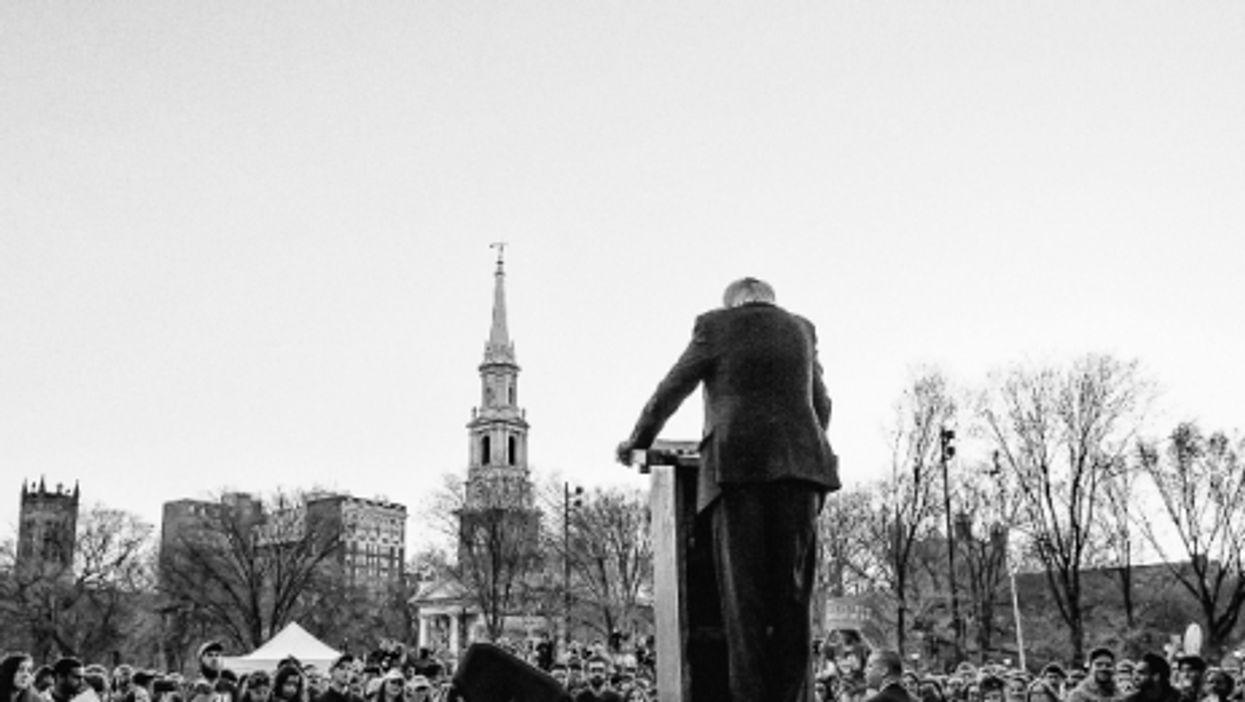 Sanders looks to the future