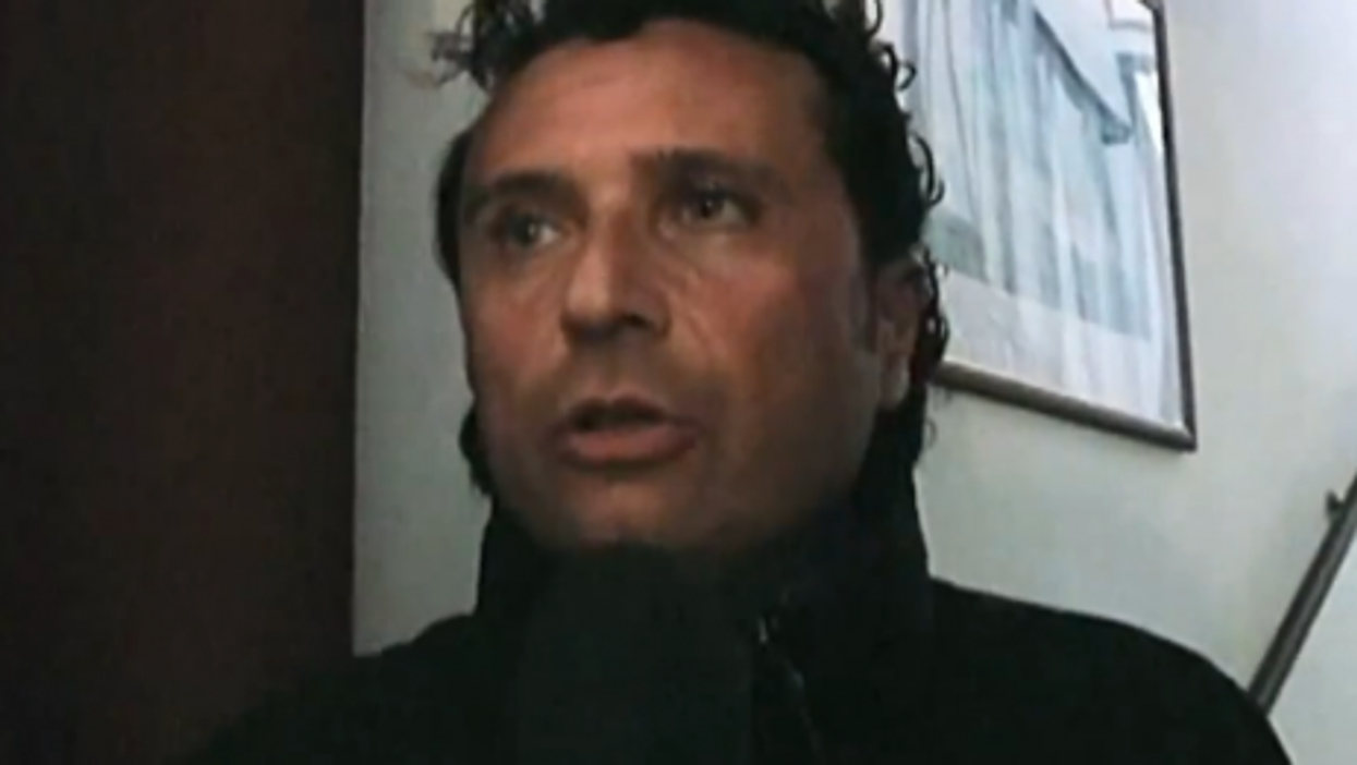 Schettino interviewed three days after the accident (ITN)