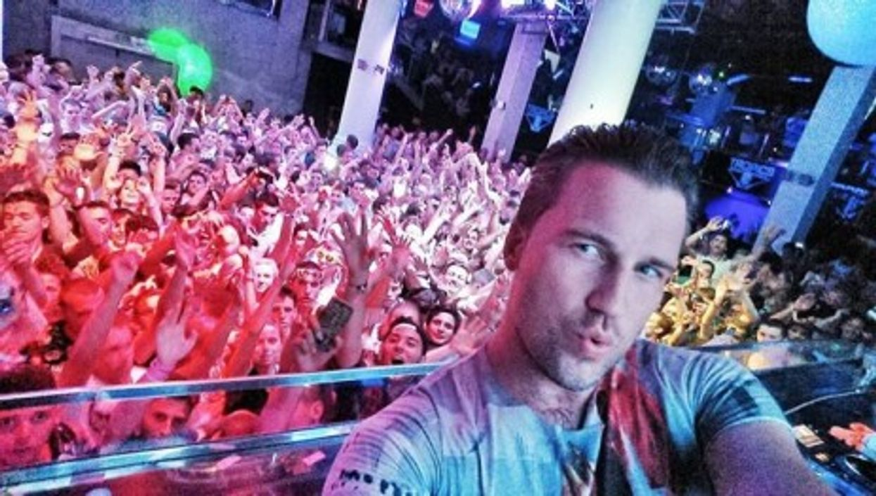 Selfie (with fans)