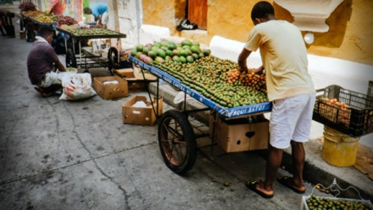 Selling the basics in Cartagena