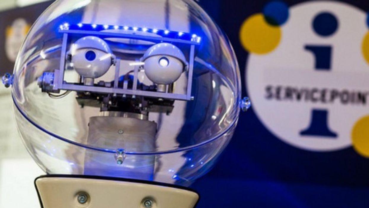 Service robot ''L2B2''
