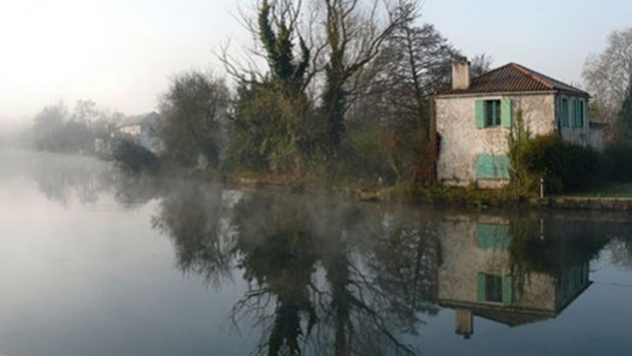 Sèvre Niortaise river in Niort, Deux-Sèvres, France